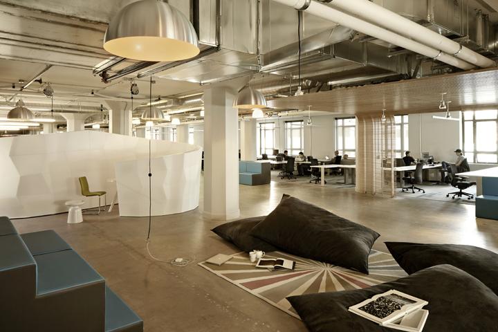时尚办公网 办公设计 设计欣赏 旧金山创业孵化基地 Runway 社区办公设计欣赏
