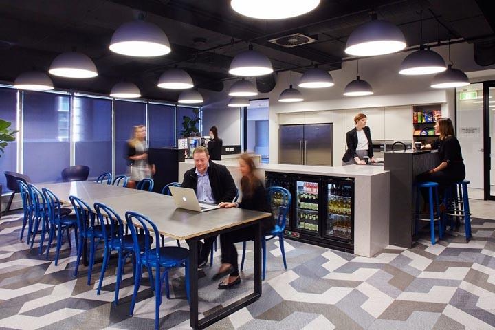 酷炫蓝调 澳大利亚iseek布里斯班总部设计欣赏