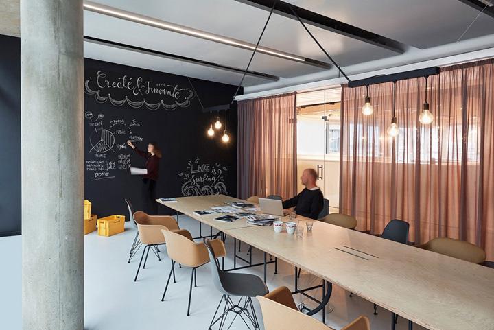 精美工业风 OMG宏盟媒体集团德国办公设计欣赏