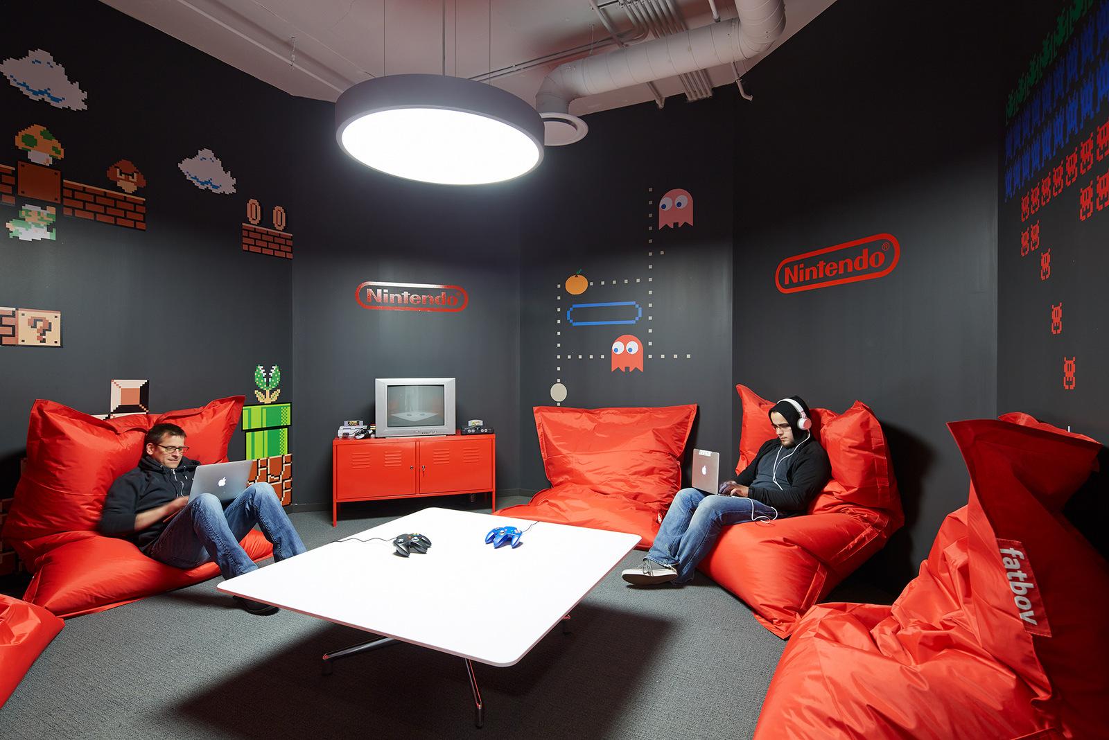 时尚办公网 办公设计 设计欣赏 炫彩人生 信贷金融科技avant芝加哥总部设计欣赏