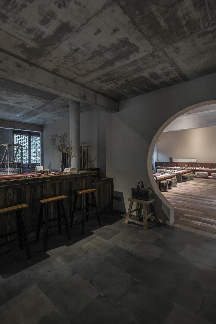 衣静 荷木HEMU服装上海总部办公与展示空间设计欣赏
