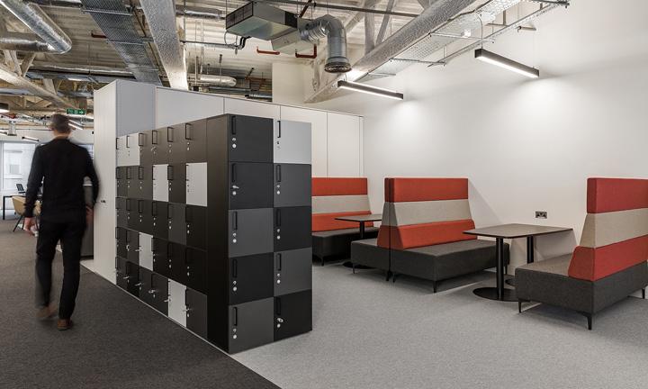 优雅黑白灰 瑞士旅游集团Kuoni英国伦敦办公设计欣赏
